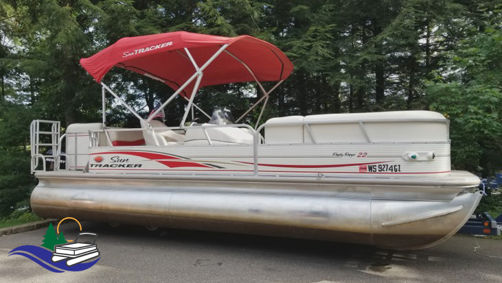 Sun Tracker Pontoon for Rent in Tomahawk, WI