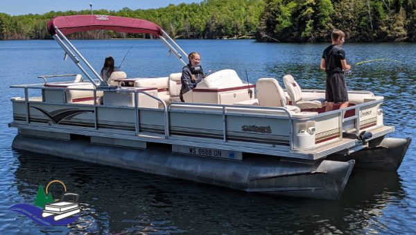 22' Super Fish Pontoon Boat for Rent in Tomahawk, WI